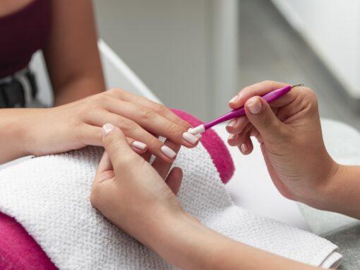 Manicure: la tua coccola colorata!